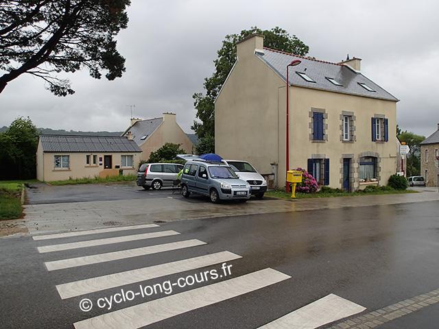 """30 juin 2017 : contrôle-ravitaillement """"1000 de Ménigoute"""" - La Forest-Landerneau km 489"""