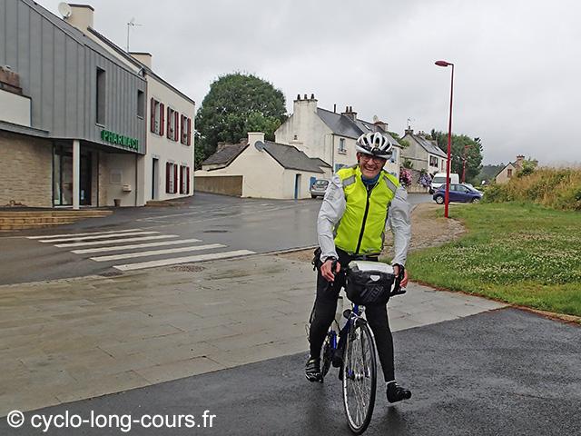 """30 juin 2017 : contrôle-ravitaillement """"1000 de Ménigoute"""" : Michel"""