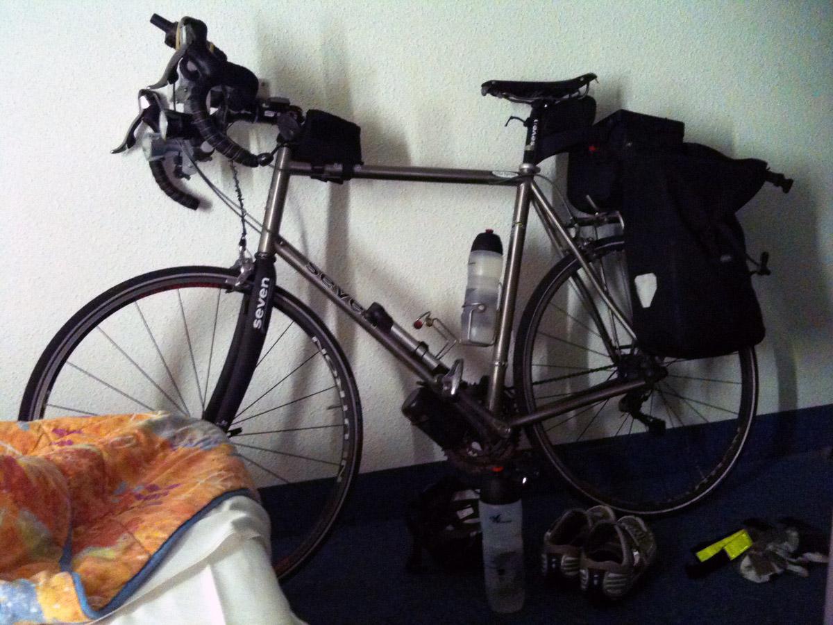 Préparation du vélo à Aubenas