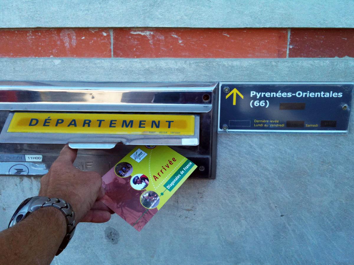 Envoi de la carte postale arrivée de la diagonale Strasbourg-Perpignan
