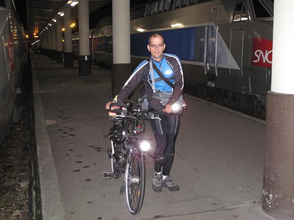 Yvan arrive en gare de Brest !