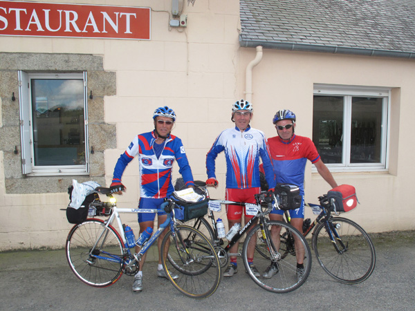 Guy, Jean-Pierre et Vivian