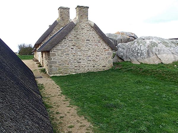 Côte des Légendes : village de Ménéham