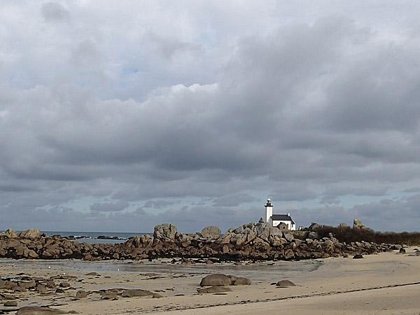 Côte des Légendes : le phare de Pontusval