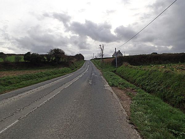 Revêtement routier légèrement postérieur au néolithique...