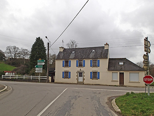 Carrefour D785-D14 : Pont Keryau