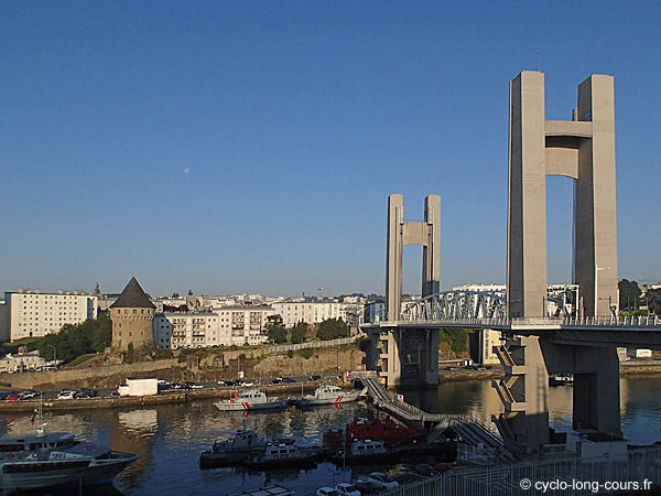 Brest - Pont de Recouvrance ©cyclo-long-cours.fr