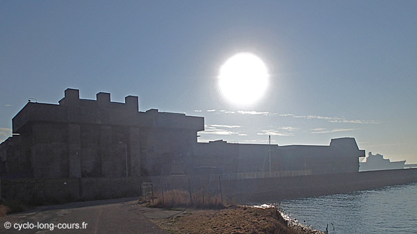 Brest - Base sous-marine allemande ©cyclo-long-cours.fr