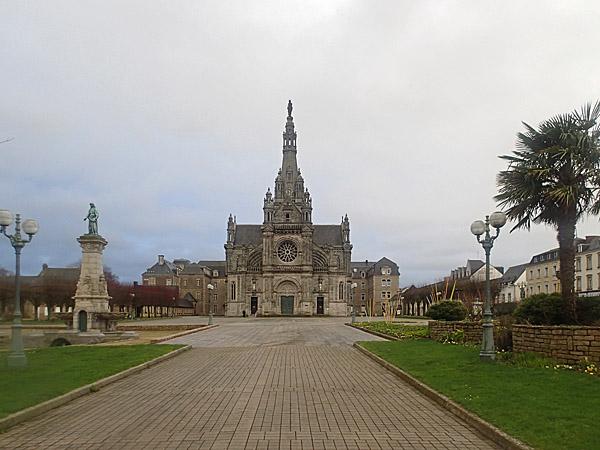18 février 2014, Sanctuaire de Sainte Anne-d'Auray ©cyclo-long-cours.fr