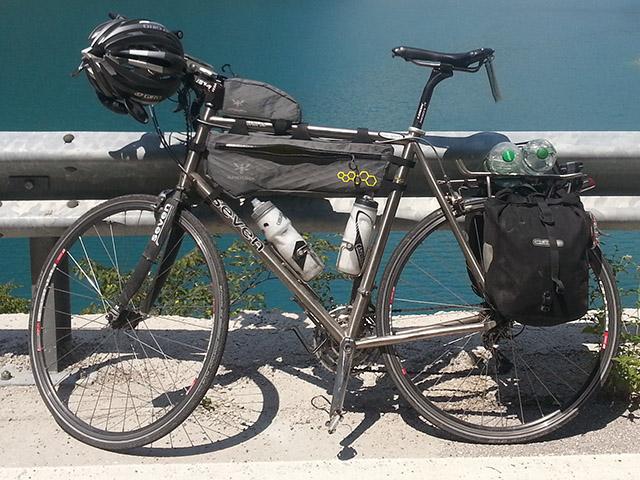 TCR 2015 - Mon vélo chargé ©cyclo-long-cours.fr