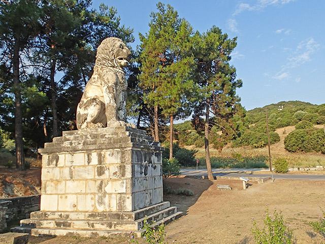 TCR 2015 - Lion d'Amphipolis, Grèce ©cyclo-long-cours.fr
