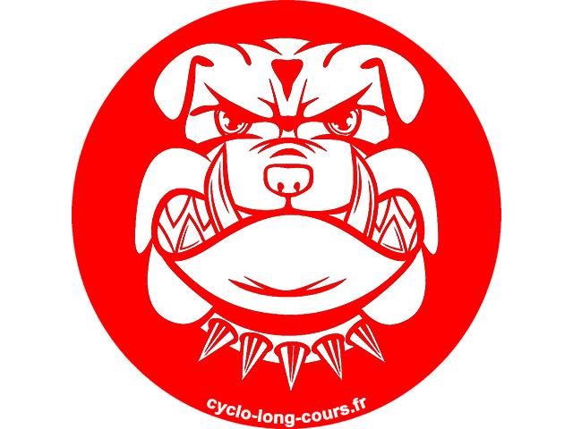 TCR 2015 - De la Bosnie à la Turquie attaques quotidiennes de chiens sauvages ©cyclo-long-cours.fr