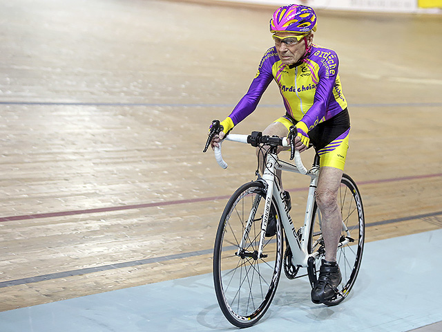 Robert Marchand 105 ans - Vélodrome de Saint-Quentin-en-Yvelines - 4 janvier 2017