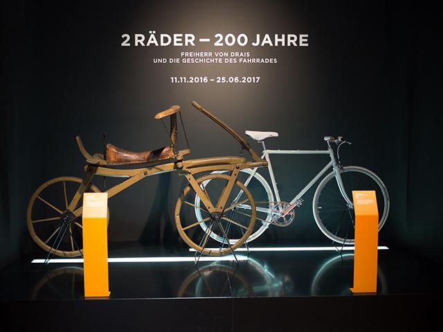 2 roues - 200 ans : le baron DRAIS et l'histoire du vélo